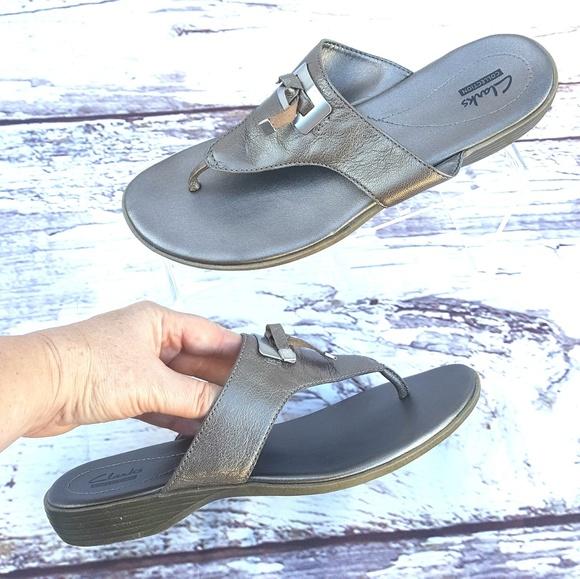 6755eff0d Clarks Shoes - CLARKS bronze Sandal Size 10 Thong metal accent